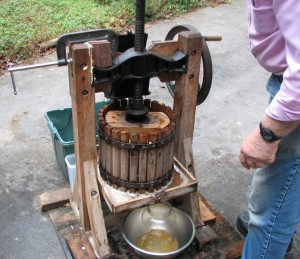 cider press ready to press